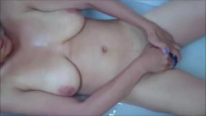 Stunning girls masturbating in the bath